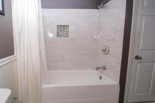 1744 bath 3
