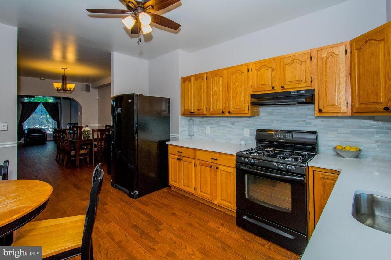 1744 kitchen 2